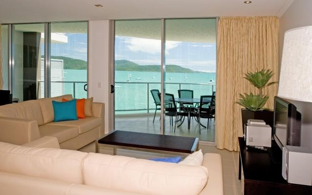 3bed-airlie-beach-apartments (4)