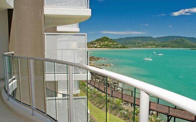 penthouse-airlie-beach (1)